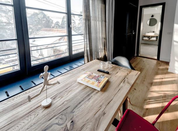 Masa rectangulara lemn masiv